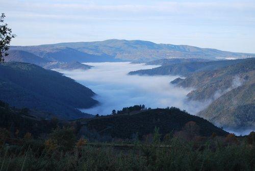 O canón coa néboa baixa
