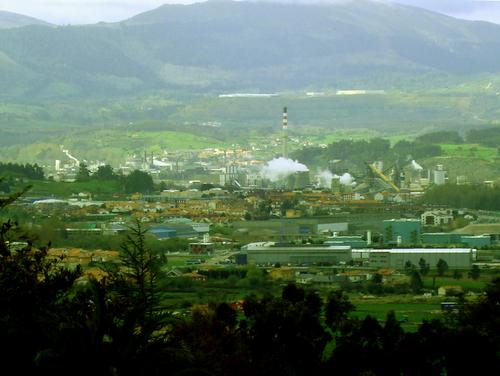 Industrias de Torrelavega vistas desde Miengo. JX3.