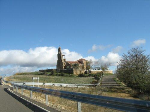 Santiago Millas; Iglesia