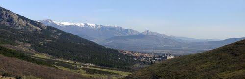 Ruta Imperial, San Lorenzo de El Escorial desde el Puerto de Cruz Verde altitud 1256m, Comarca Sierra Oeste