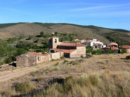 BERGASILLAS SOMERA (Sierra de la Hez-La Rioja). Aldea de Bergasillas Bajera. 2009. 03.