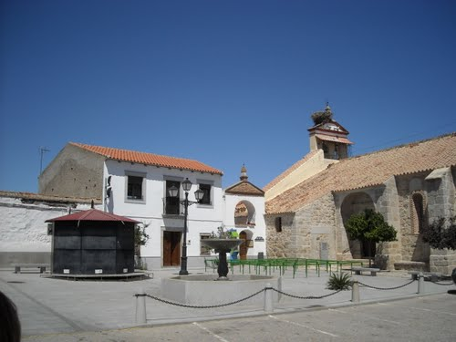 Plaza de la Iglesia de El Guijo. Agosto de 2009