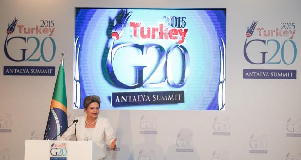Belek - Turquia, 15/11/2015. Presidenta Dilma Rousseff durante declaração a imprensa após Cúpula do G20. Foto: Roberto Stuckert Filho/PR