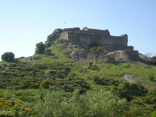 Vilajuïga: castell de Quermançó