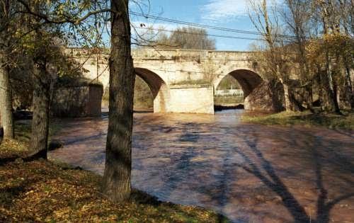 Puente sobre el Henares