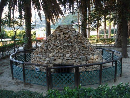 la carbonera en el parc del riu.