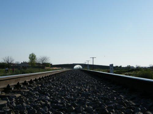 Las vias del tren, (hecha por el Ksi)