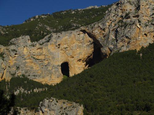 Cuevas de Los Anguijones
