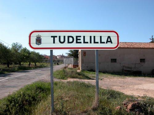 TUDELILLA (Rioja Baja-La Rioja). 2005. 01. Entrada al pueblo.