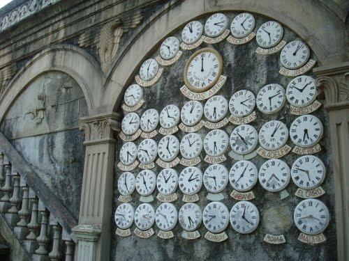 los relojes con los usos horarios mundiales,,,,