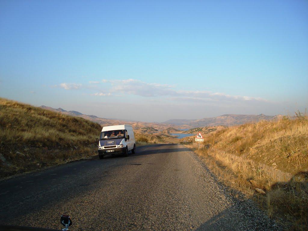 Kahta-Gerger yolu açma mevkii
