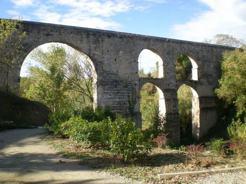 Sant Pere de Riudebitlles: aqüeducte del Pont Nou