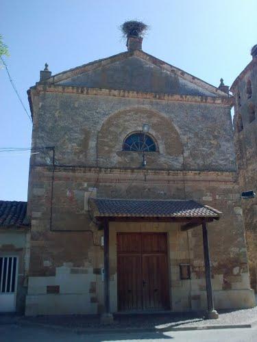 Portada de la Iglesia de San Millan de los Caballeros -- Región Leonesa
