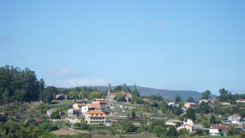 Santiago de Viascón desde Coto da Bouza do Mogo