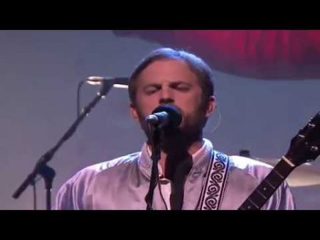 Watch Kings of Leon's perform 'Waste a Moment' on the 'Tonight Show'