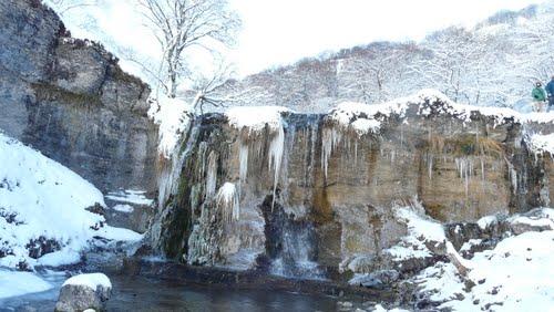 cascada helada