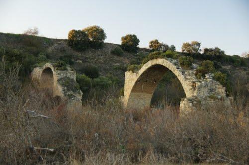 ??????? ????????????? ????? ?? ???? ????. Puente sobre el Ebro.