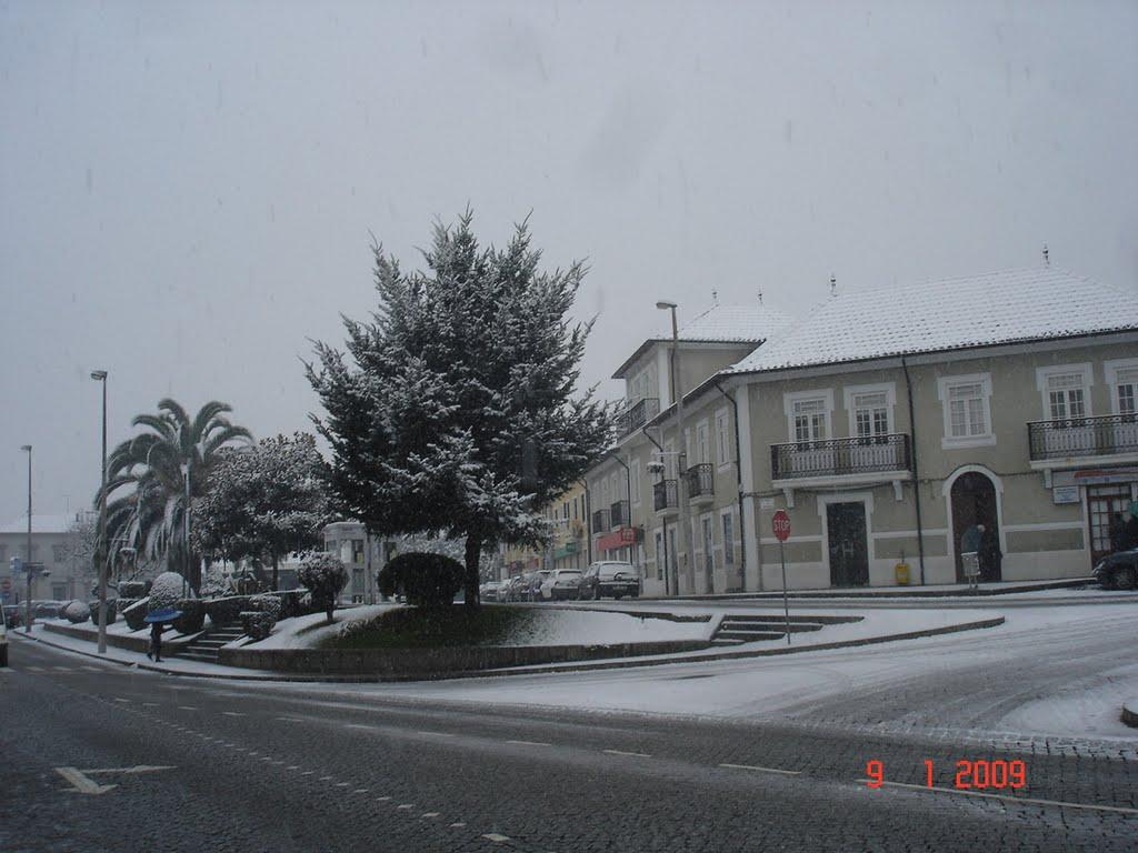 Cai Neve - Lousada