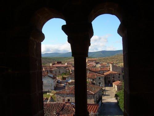 Vizcaínos desde la torre románica