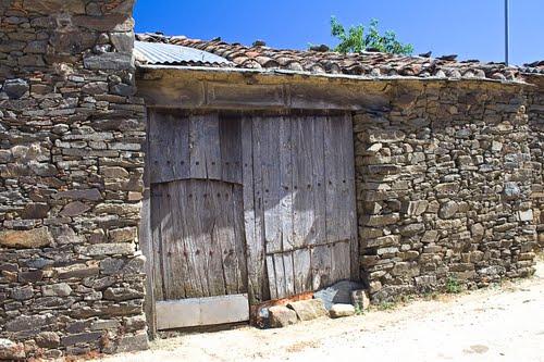Puerta corralera