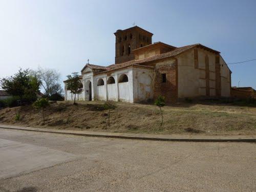 Iglesia de San Lorenzo, Villapeceñil