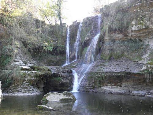 Cascada de Peñaladros Cozuela-Ma?rtijana ( Burgos )