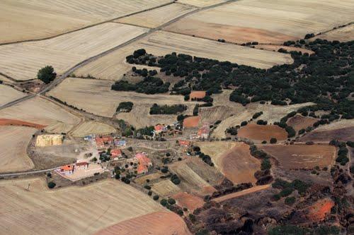 Vista aérea de Canos, término de Aldehuela de Periáñez