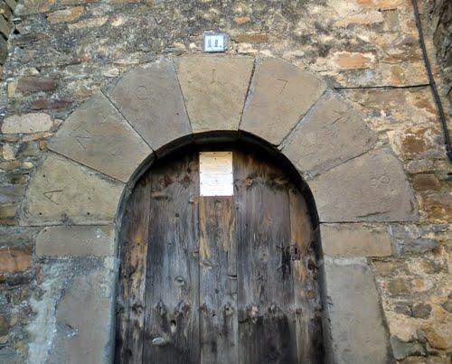 Muro de Bellós, fijarse en la fecha!