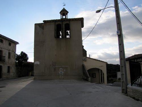Iglesia-frontón de Ibiriku