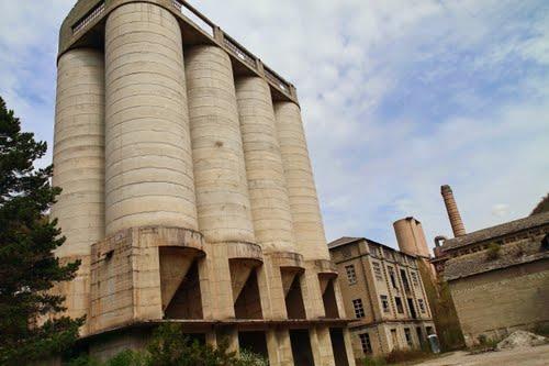 cimentera abandonada de Xerallo