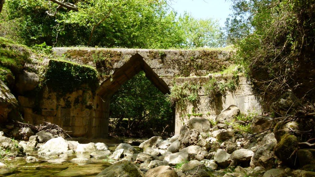 Eleutherna Bridge