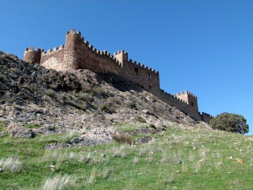 RIBA DE SANTIUSTE (Aldea de Sigüenza-Guadalajara). 2011. 11. Castillo.