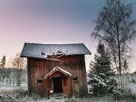 北欧的废弃小屋