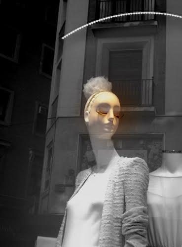 373 - La chica de las pestañas de oro _____ ©CarmenmiaMadrid