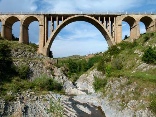 JUBERA (Pedanía de Santa Engracia del Jubera-La Rioja). 2011. 04. Puente nuevo (sXX).