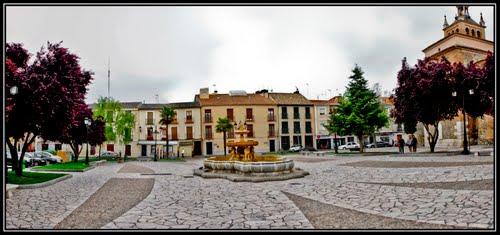 Plaza de los leones, Illescas