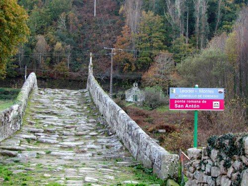 Puente romano y capilla Cerdedo