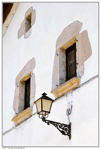Farol triventana, Anoz (Navarra)