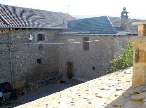 SAN  ESTEBAN  DE  GUARGA  ; La  casa  Usieto .  Año 2011 .