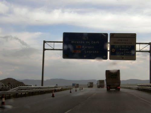 Salida 327: E-5/E-80/AP-1/ Burgos /E-5/E-80/A-1/ N-1 Burgos/A-1 Miranda de Ebro