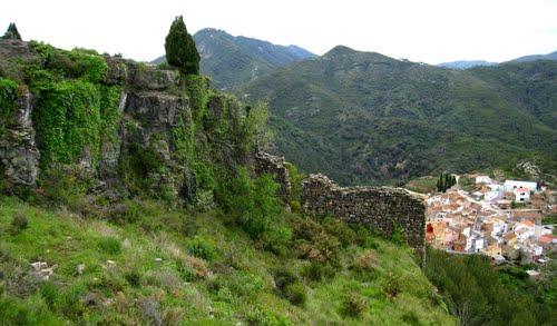 VILLAMALUR (castellón) lienzo de muralla, ruinas del castillo