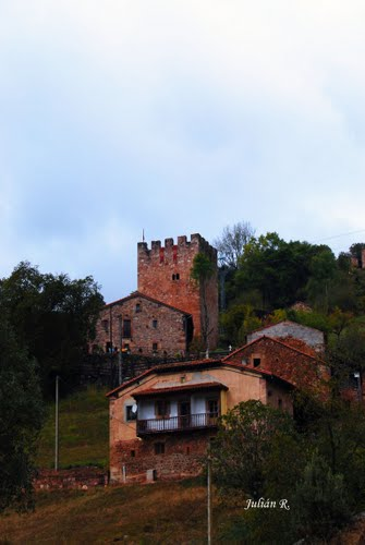 Torre de Pontón / Torre de linares