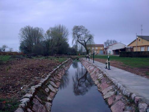 Arroyo del Valle de Fontecha -- Región Leonesa