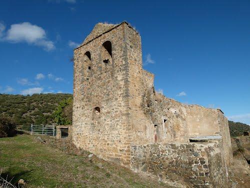 ZARZOSA (Valle del Cidacos-La Rioja). 2011. 07. Ruinas de la iglesia de Santa María del Villar.
