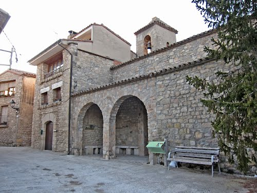 La Rectoria i església de Clariana