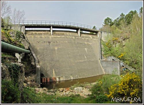 Presa de Ademouran ( rio Tuño Ourense)