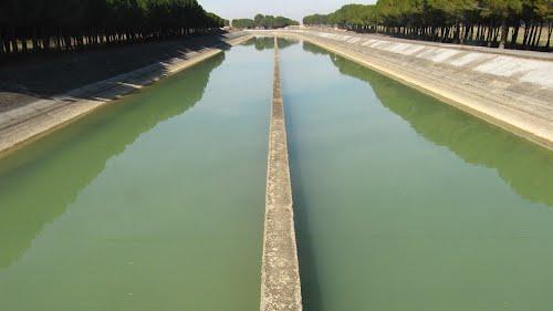 Canal de Los Monegros, Robres (Huesca).