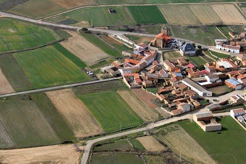 Vista aérea de la iglesia de Fuente Encalada