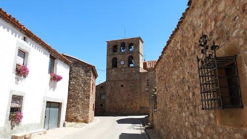 Iglesia de San Andrés, siglo XVI, Almajano (Soria).