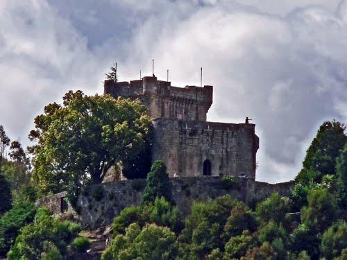 Mondariz: Castelo de Sobroso.